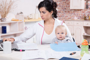 Infographic: 8 Work-Life Balance Tips For Busy Moms